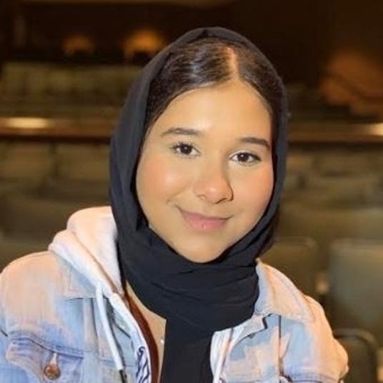 Zoha Mehmood head shot