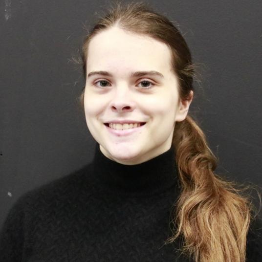 Elena Fischer head shot
